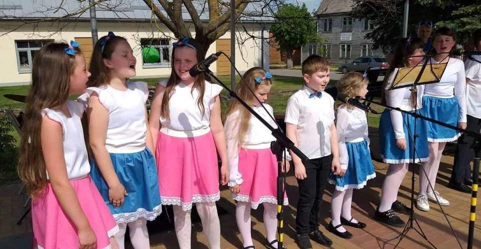 Šeduvos kultūros ir amatų centro vaikų dainavimo studija